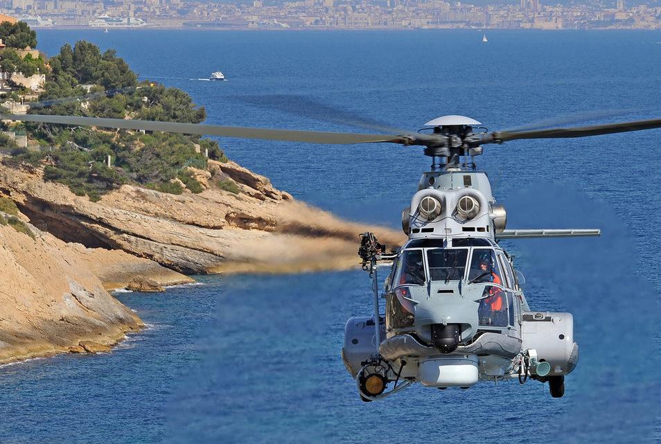 Airbus Helicopters Н215 отправляет в турне по Китаю